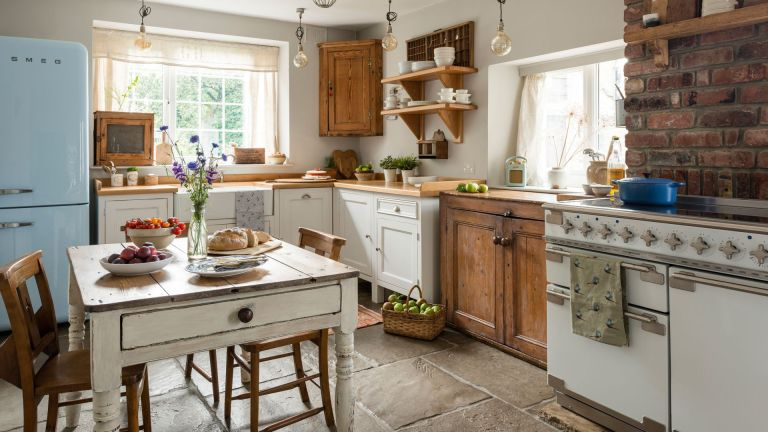 10 cottage style home ideas: how to create the cottage look | Real ...