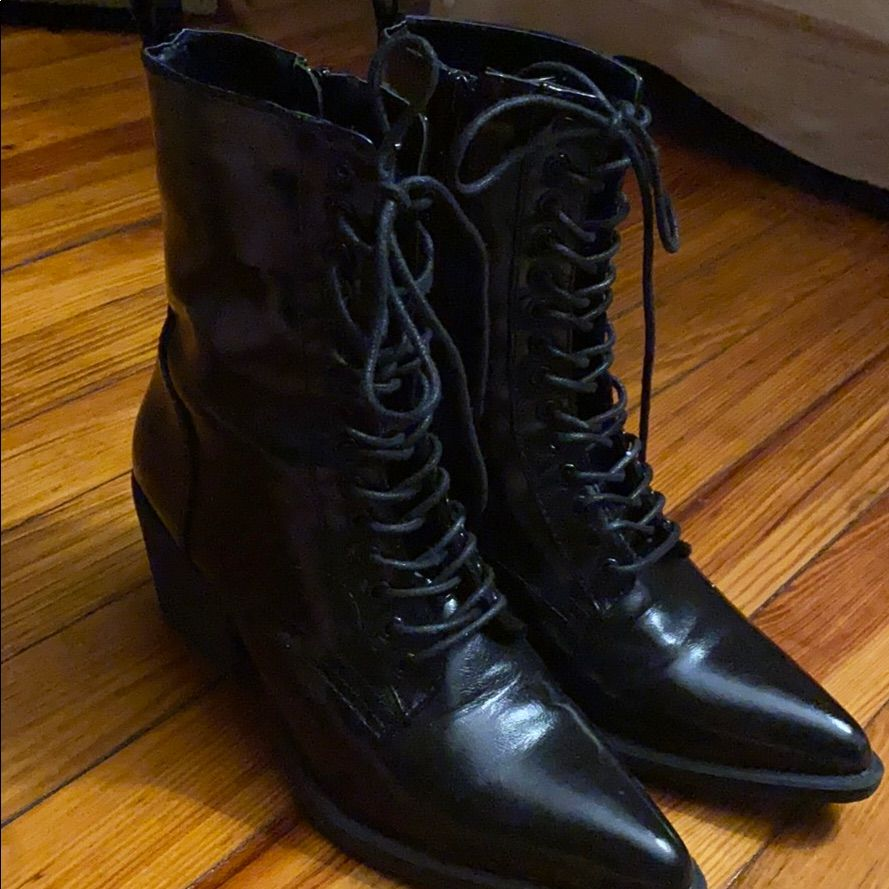 Shoe Republic La Shoes Witchy [name_m]Black[/name_m] [name_f]Lace[/name_f] Up Boots Color [name_m]Black[/name_m] Size 8