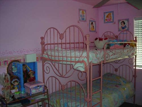 Heart bunk bed